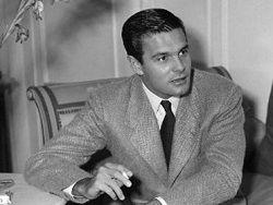 Умер французский актер Луи Журдан