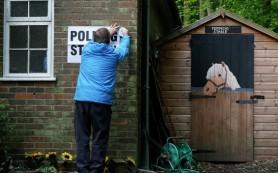 Консерваторы увеличили отрыв от лейбористов на выборах в Британии