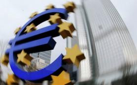 Глава ЦБ Франции: долг Греции перед ЕЦБ не может быть реструктурирован