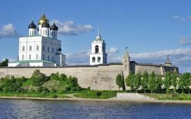 Археологи продолжают исследовать исторический центр Пскова