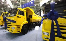 «КамАЗ» отказался от сотрудничества с двумя десятками дилеров
