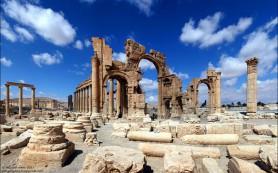 Взорвана античная Триумфальная арка времен римской эпохи в Пальмире