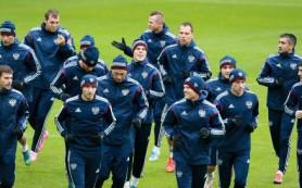 Сборная России по футболу поборется за прямую путевку на ЧЕ в матче с черногорцами