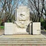 В МИД РФ возмутились осквернением памятника Красной Армии в Варшаве