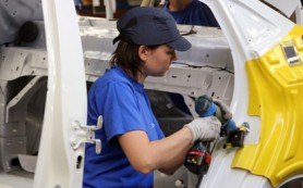 Завод Nissan в Петербурге сократит 250 сотрудников