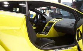 На Украине прекращены официальные продажи Ferrari и Lamborghini