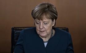 Меркель: Европе необходимо найти общий путь в вопросе о беженца