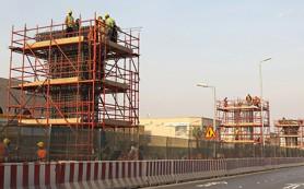 Падение цен на нефть вынудило саудовские компании задерживать зарплаты