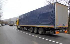 Россия полностью остановила транзит украинских грузовиков