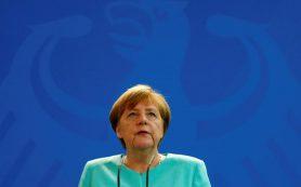 Меркель пообещала прекратить впускать беженцев в Германию