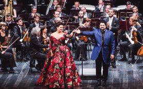 Нетребко и Каррерас дали концерты в Москве
