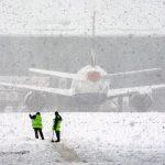 В аэропортах Москвы из-за отменено 100 рейсов