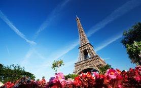 Эйфелева башня вновь открыта для посещений