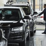 Автодилеры предсказали закрытие 150 центров продаж в 2017 году