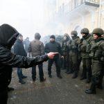 Президент Украины надеется договориться с радикалами