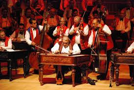 Будапештский оркестр «Сто скрипок» дал концерт в Доме музыки