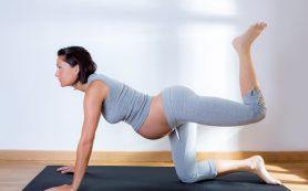 Упражнения, которые помогут облегчить роды