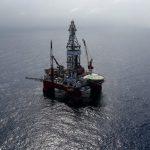 Стоимость нефти колеблется на ожиданиях урагана в Мексиканском заливе