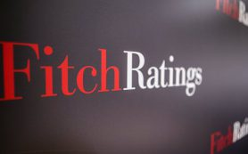 Эксперты: прогноз Fitch по рейтингу России отражает улучшение экономики