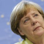 Рейтинг партии Меркель упал до критического уровня