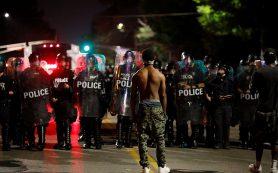 Полиция задержала более 120 человек в результате протестов в Сент-Луисе