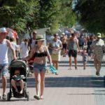 Эксперты назвали сумму курортного сбора для семей с детьми