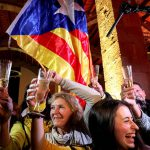 Сторонники независимости Каталонии заняли большинство мест в парламенте