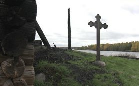 При обследовании сгоревшей Успенской церкви обнаружили древний алтарь