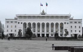 Выставка уникальных узоров на старинных платках открылась в Дагестане