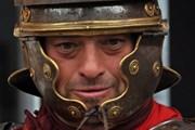 Ночная выпивка и ряженые центурионы в Риме запрещены окончательно