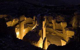 Древнее пирамид и Стоунхенджа: открытие, которое изменило взгляд на историю