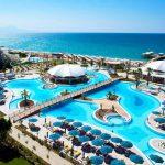 Сколько россиян поедут отдыхать в Турцию в 2019 году?