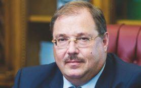 Депутат Госдумы от ЛДПР Борис Пайкин посетил в Брянске детскую облбольницу и дом престарелых