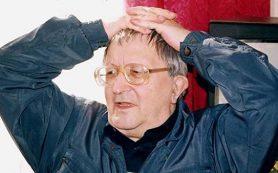 Союз писателей Петербурга выдал справку, что Стругацкий входил в его состав