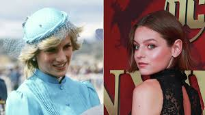 Эмма Коррин впервые появилась в образе молодой Дианы на съемках «Короны»