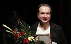 Коллективу «Современника» представили нового худрука Виктора Рыжакова