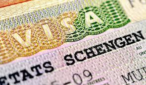 Чехия приостанавливает выдачу виз
