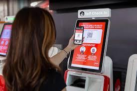 AirAsia сделала киоски саморегистрации бесконтактными