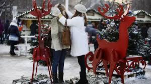 Минтруд рассмотрит законопроект о сокращении новогодних праздников