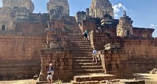 Камбоджа потребует от туристов несколько тысяч долларов при въезде