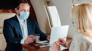 Авиакомпании США грозят черным списком не желающим носить маски пассажирам