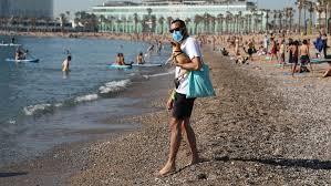 В одном из районов Каталонии введен строгий карантин из-за роста числа заболевших COVID-19