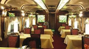 Султан Хамзаев предложил запретить алкоголь в вагонах-ресторанах