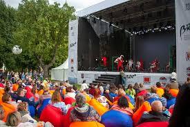 Фестиваль «Театральный марш» пройдет в саду «Эрмитаж» в День города