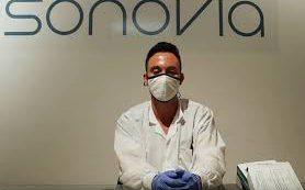 В Израиле изобрели многоразовую маску, нейтрализующую коронавирус