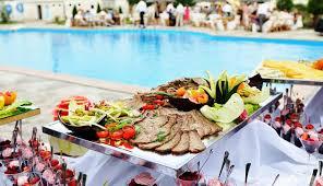 В Турции организуют проверки в гостиничных кафе и ресторанах из-за нарушений
