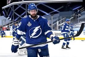 Кучеров из-за операции не сыграет в регулярном чемпионате НХЛ
