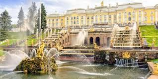 Больше всего в 2020 году посещали «Петергоф» и Мариинский театр