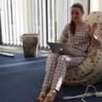 Работа в пижаме далеко не всегда приносит счастье