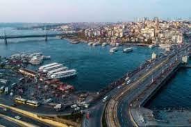 В Стамбуле появился трамвай вдоль бухты Золотой Рог
